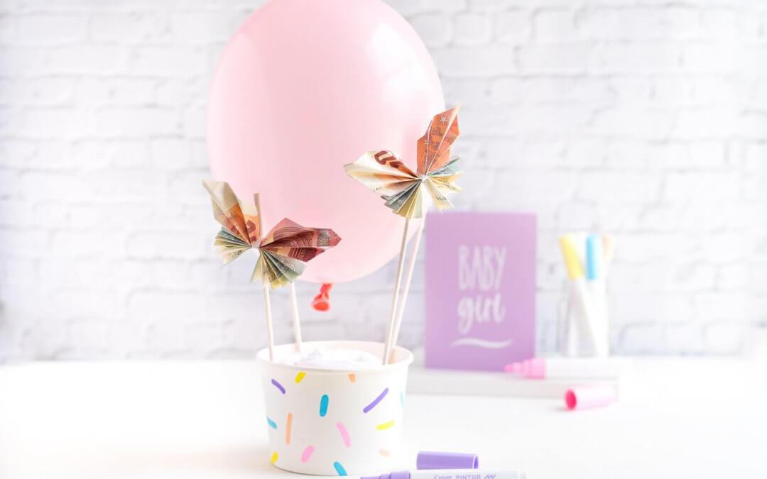 Geldgeschenk zur Geburt – zauberhafter Heißluftballon
